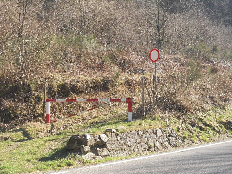 Inizio del sentiero sulla Porrettana